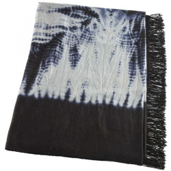 HAND FRINGED AND FELTED THROW